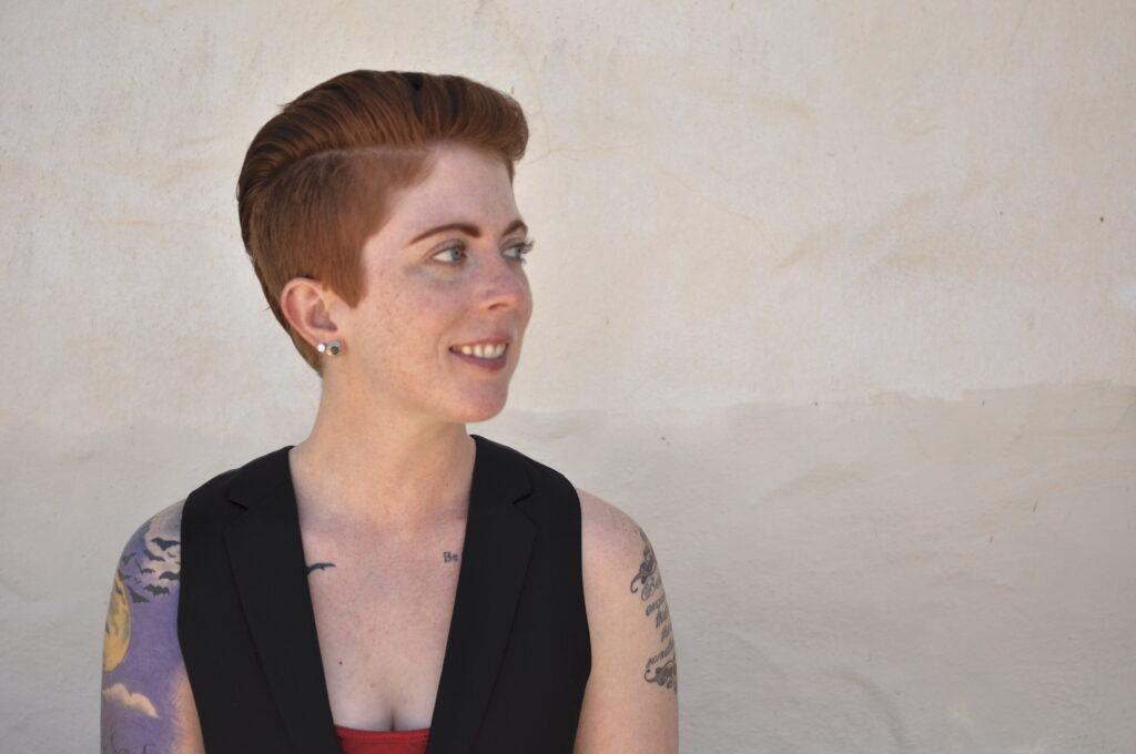 Aurora M. Smith freelance writer contact me